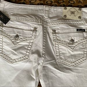 NWT Miss Me Signature  Boot White Jeans